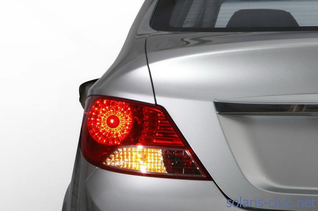 Hyundai Solaris фото.