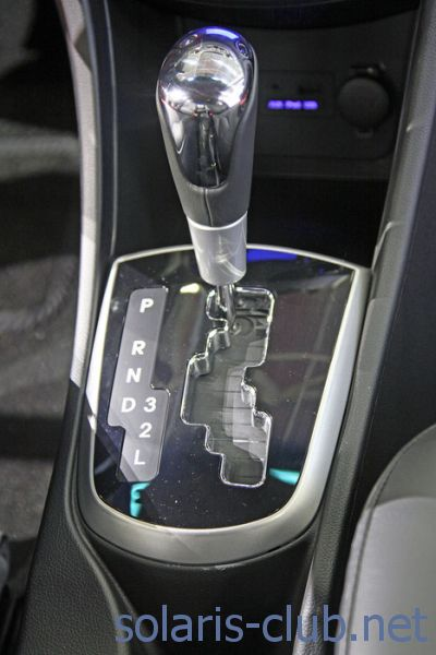 Нет, ручного режима переключения передач (типтроник) на АКПП Хендай Солярис нет. кликните на фото для просмотра в...